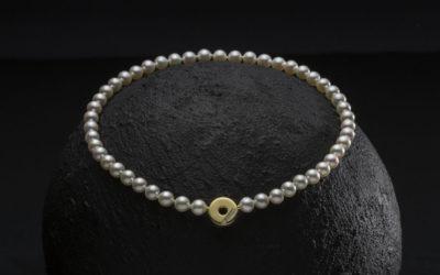 Halskæde med perler